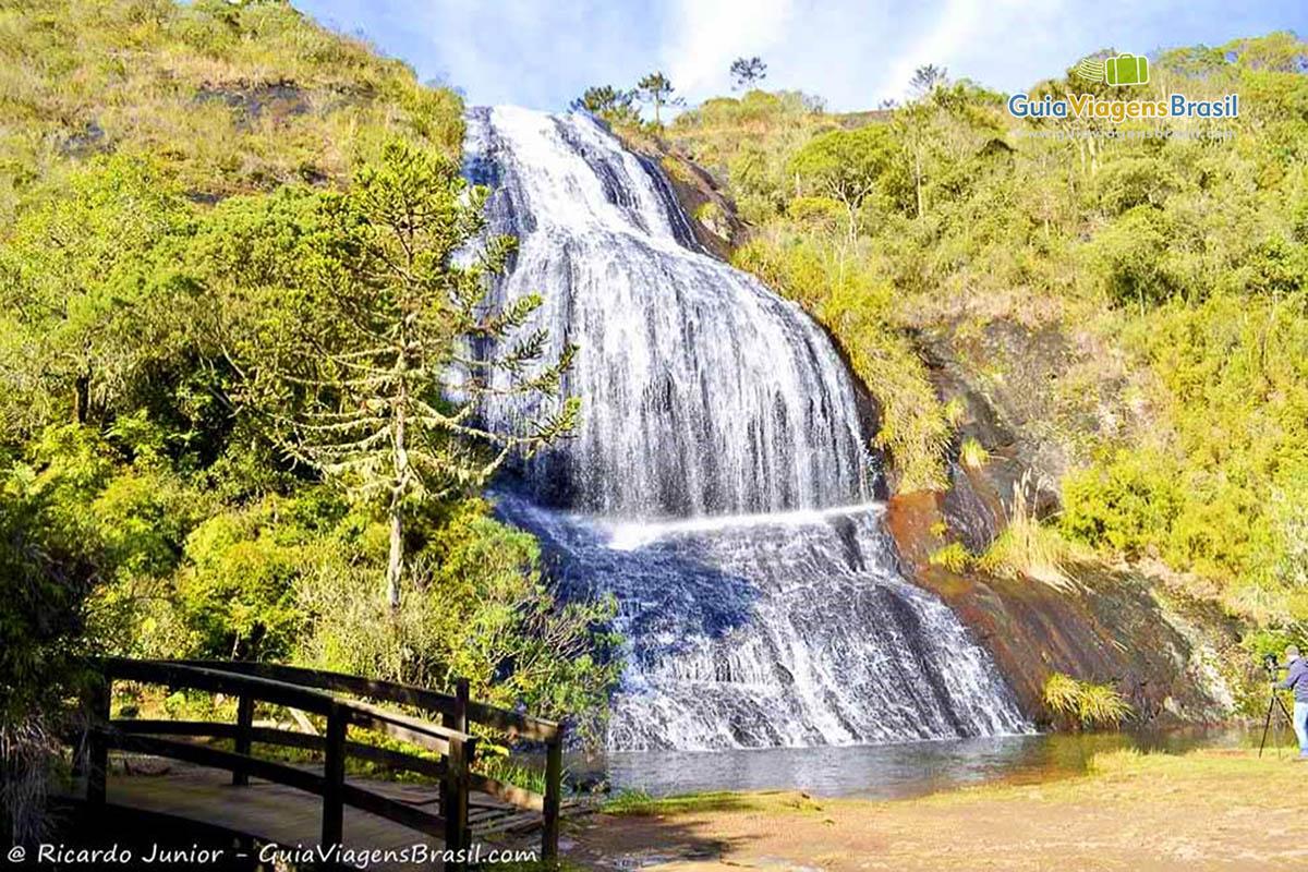 foto-cascata-veu-da-noiva-em-uribici-sc-brasil-0269