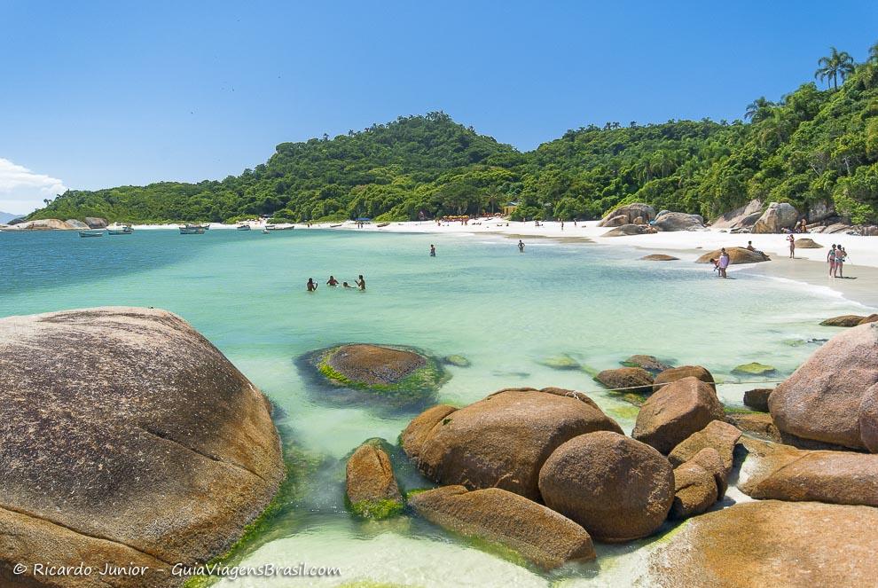 Piscinas Naturais da Ilha Campeche em Florianópolis (SC) - Foto: Ricardo Junior Fotografias.com.br