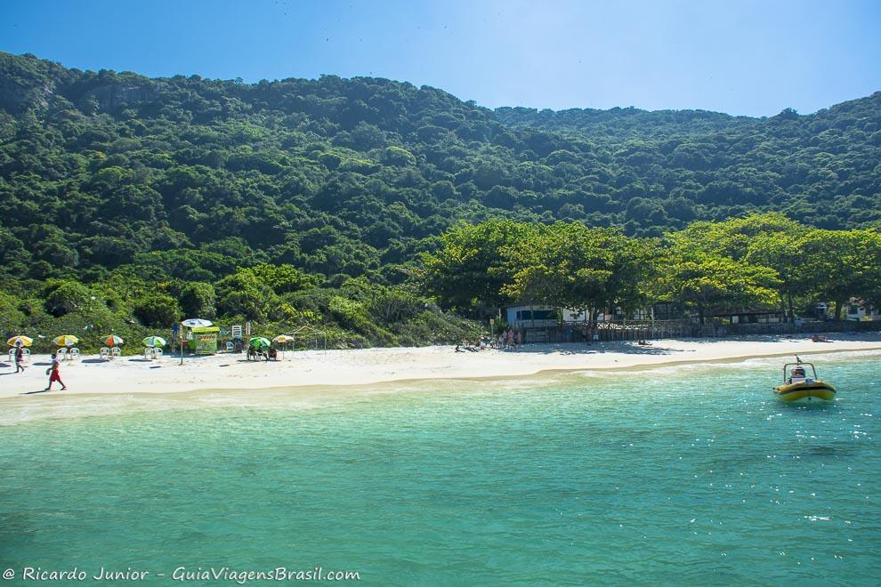 Praia do Forno, em Arraial do Cabo, RJ, vista do mirante.