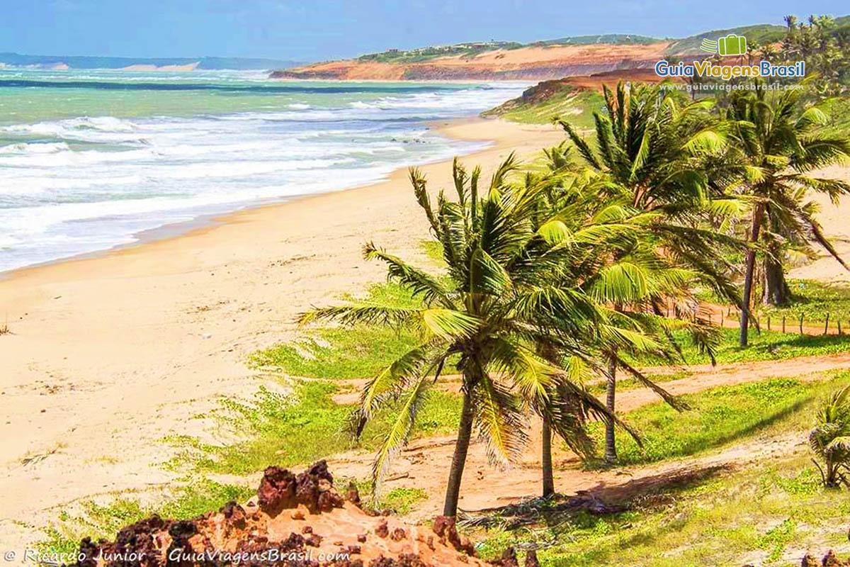 Praia de Simbaúma, em Tibau do Sul, RN.