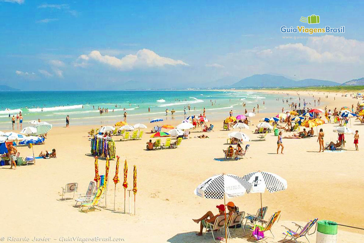 Foto orla da Praia da Joaquina.