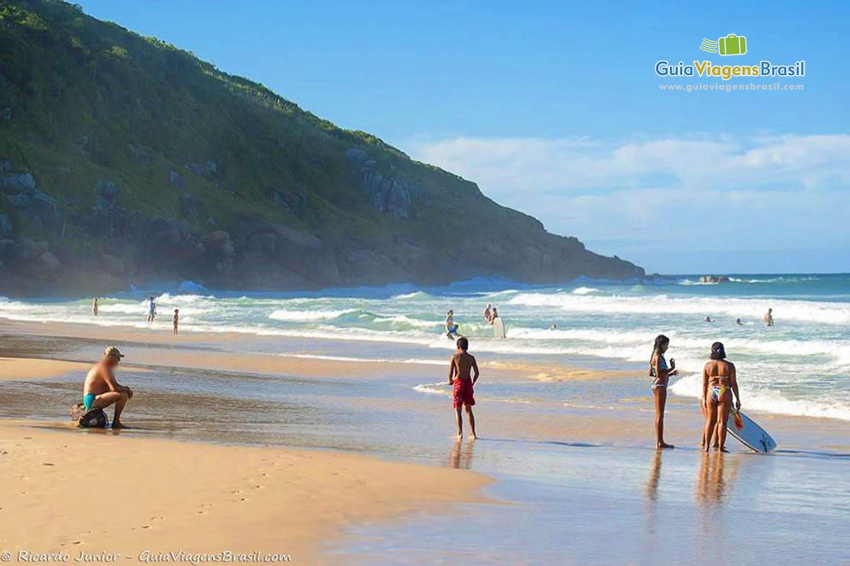 Foto Turistas na Praia dos Ingleses, em Florianópolis