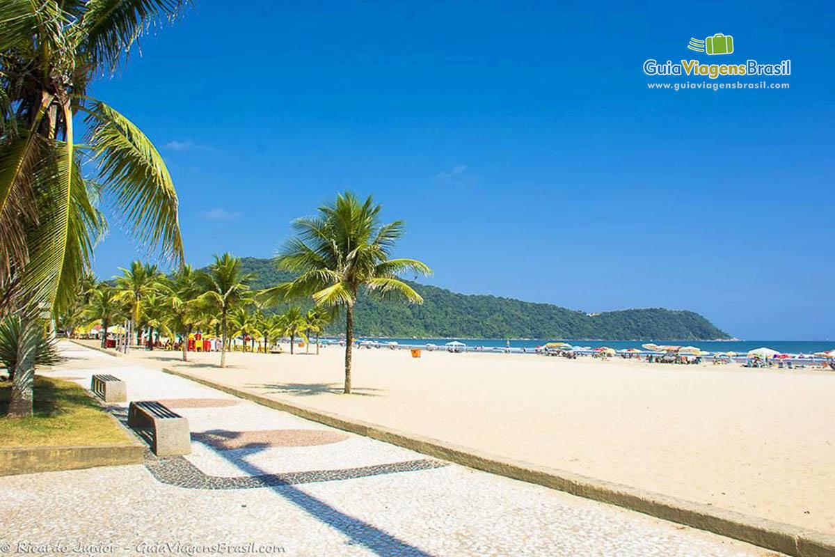 Foto orla de Praia Grande.