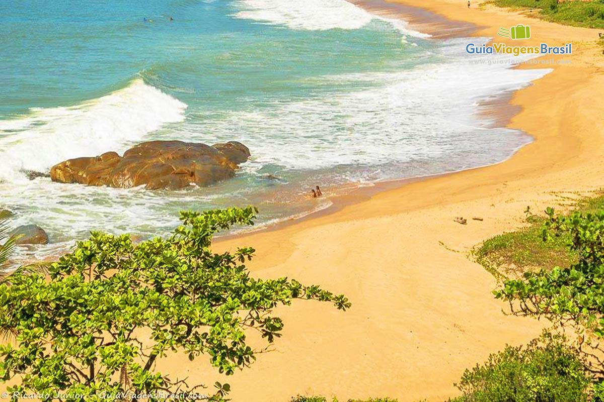 Foto do mirante da Praia do Pinho, SC.