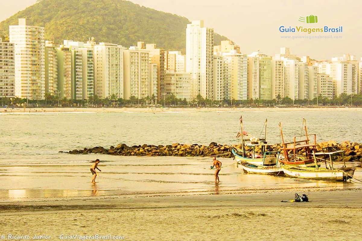 Foto Praia de Astúrias, Guarujá, SP.