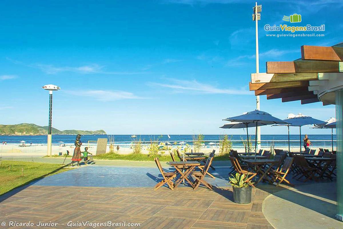 Foto barzinho na Praia do Forte, Cabo Frio, RJ.
