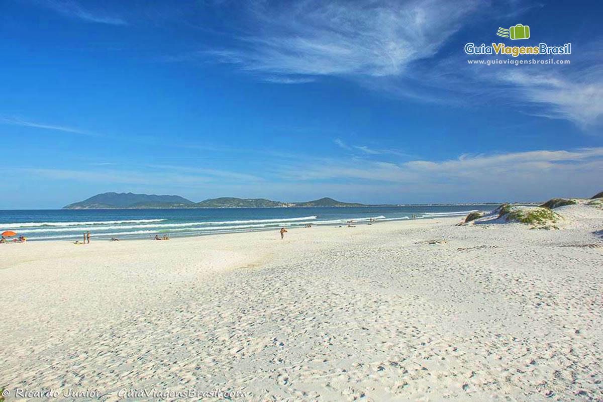 Foto orla Praia das Dunas, Cabo Frio, RJ.