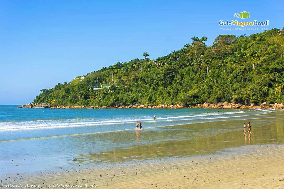 Foto Praia das Toninhas, em Ubatuba, SP.