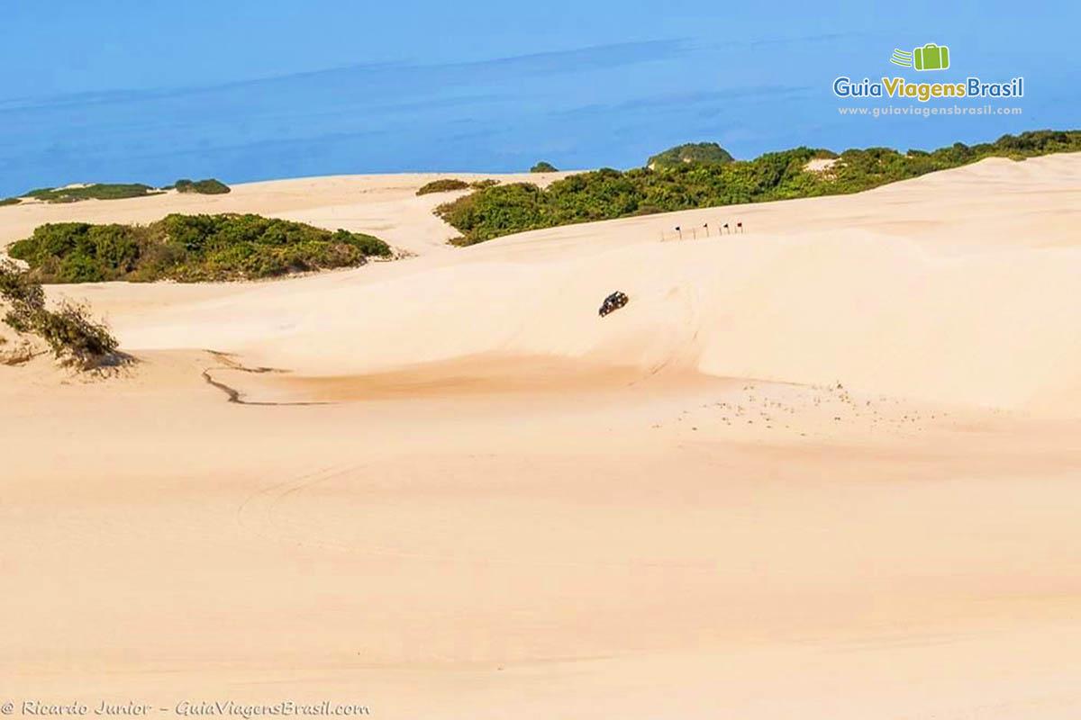 Foto Bugue nas Dunas de Genipabu, Natal, RN.