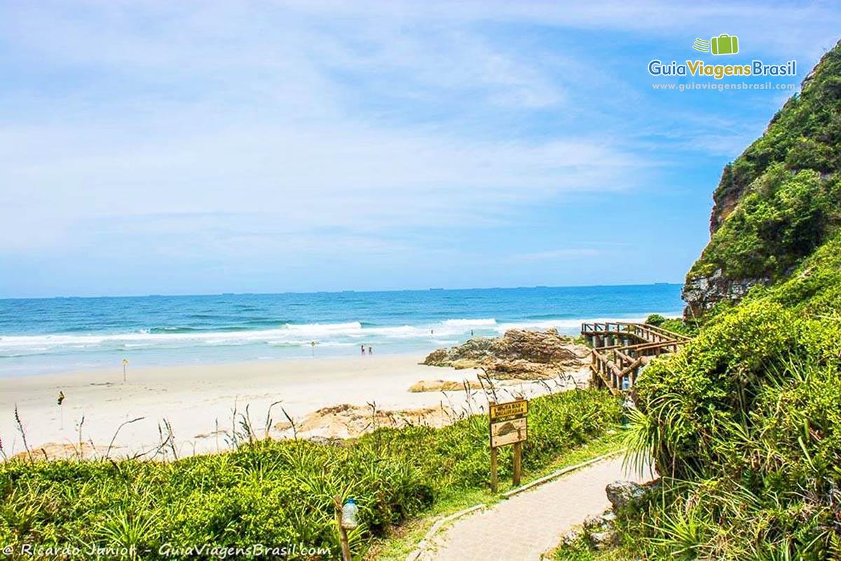 Foto Praia de Encantadas, Ilha do Mel, PR.