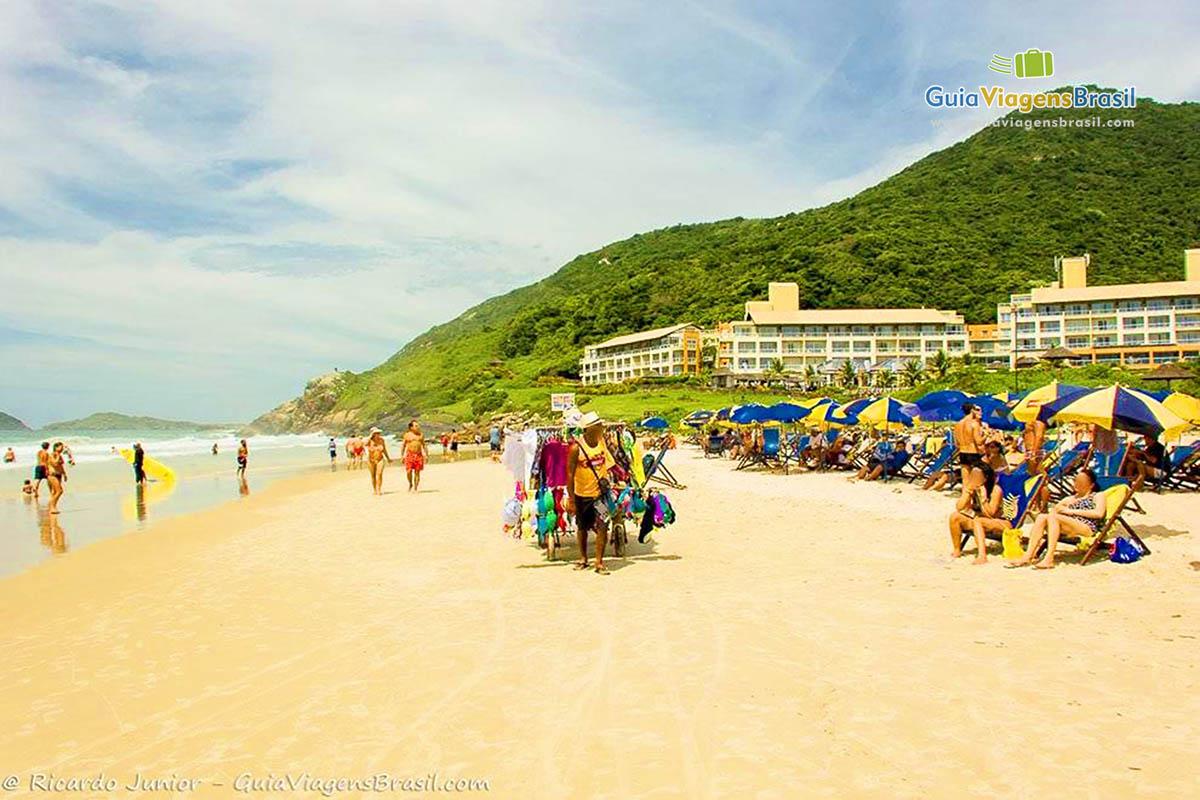 Foto orla Praia do Santinho, Florianópolis, SC.