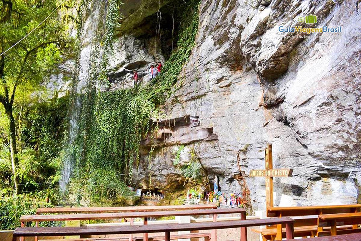 Foto Gruta Nossa Senhora de Lourdes, em Urubici, SC.