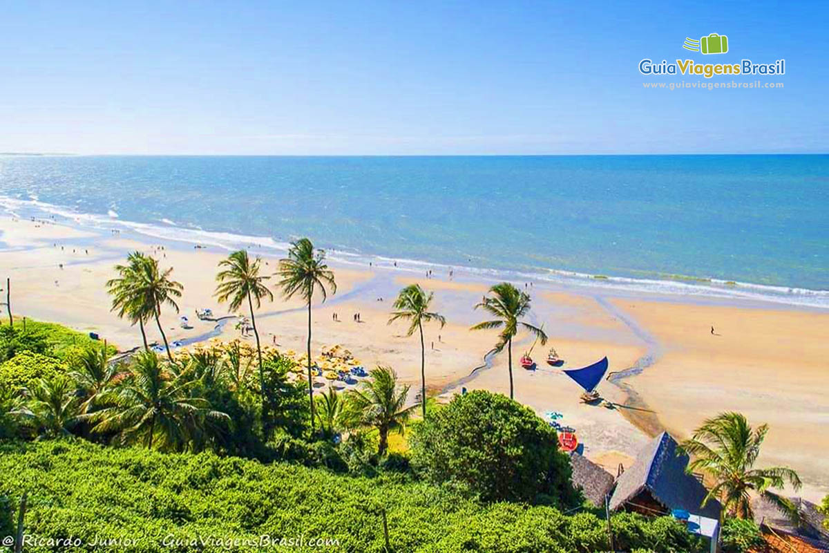 Foto Praia de Lagoinha, em Paraipaba, Ceará.
