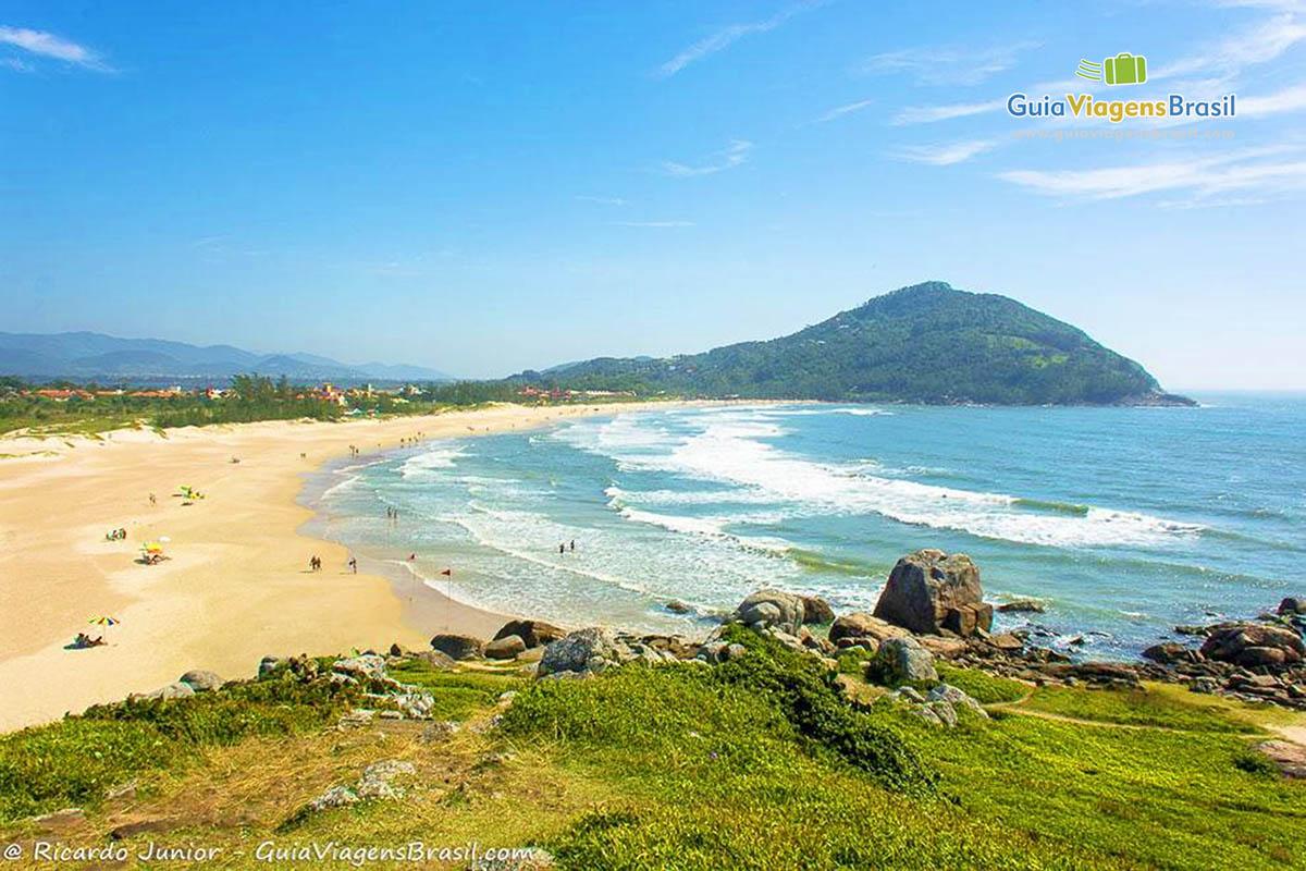 Foto mirante Praia da Ferrugem, Garopaba, SC.