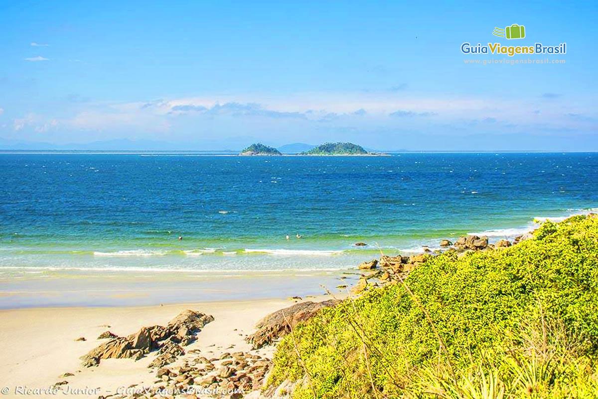 Foto vista Praia do Farol, Ilha do Mel, PR.
