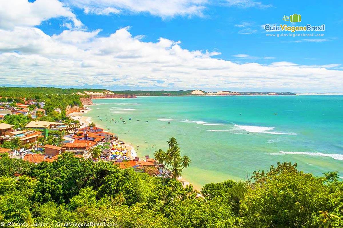 Foto Praia de Pipa a partir do Mirante, em Tibau do Sul, RN.
