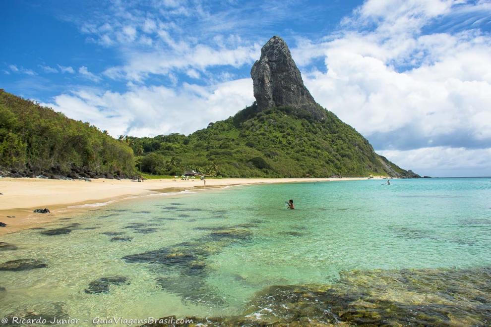Foto mar cristalino Praia da Conceição, Fernando de Noronha, PR.