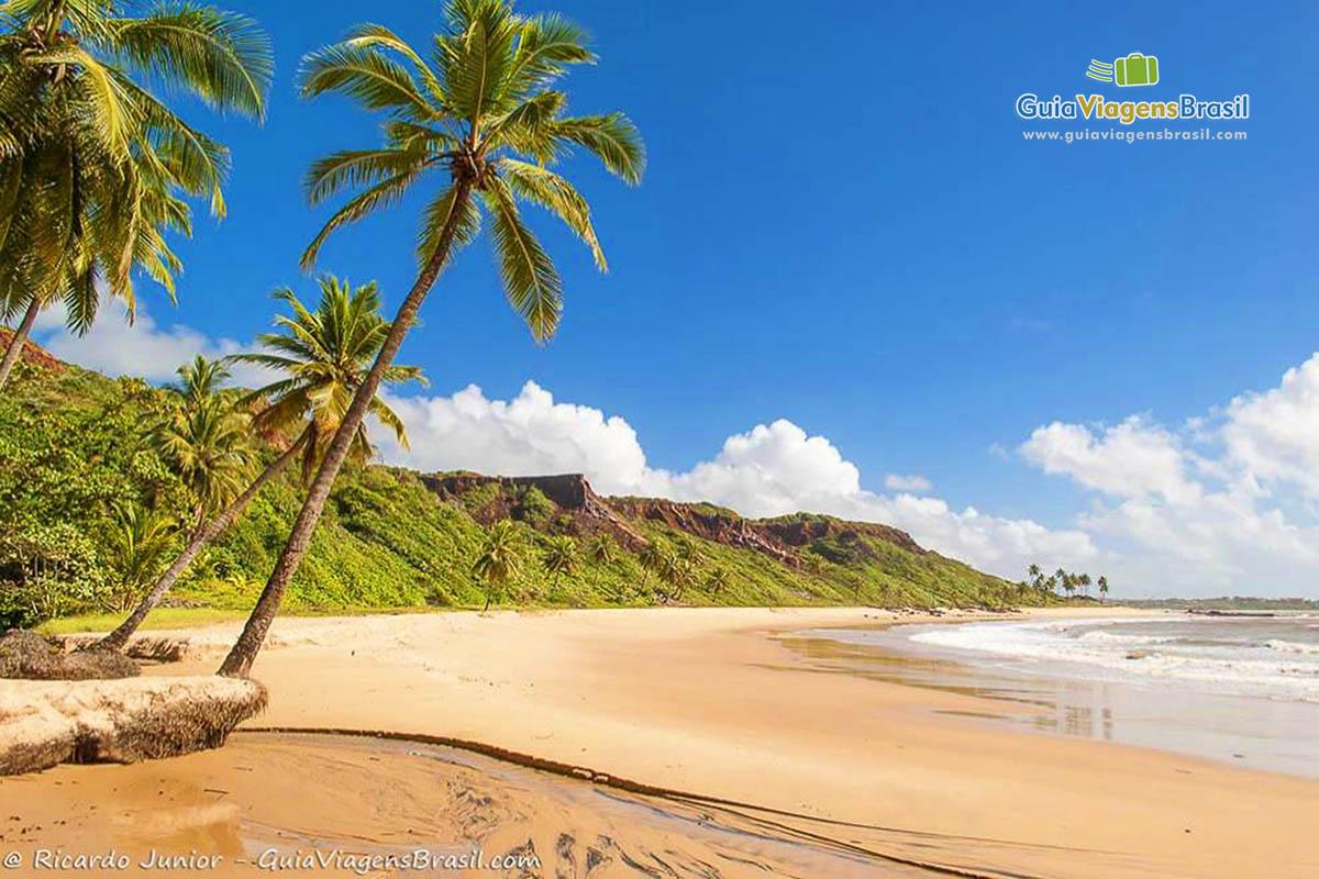 Foto praia de Coqueirinho, Conde, PB.